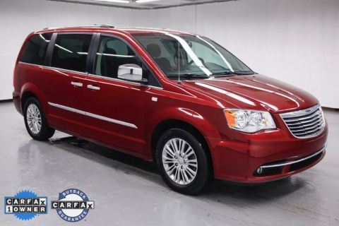 Pre-Owned 2014 Chrysler Town & Country 30th Anniversary Edition FWD 4D Passenger Van